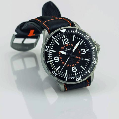 đồng hồ Sinn Pilot