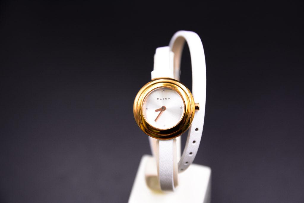 đồng hồ dây da thương hiệu dành riêng cho nữ
