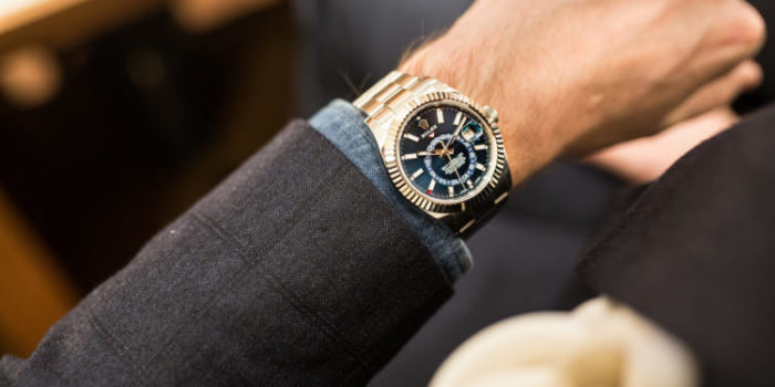 nhận biết đồng hồ Rolex thật