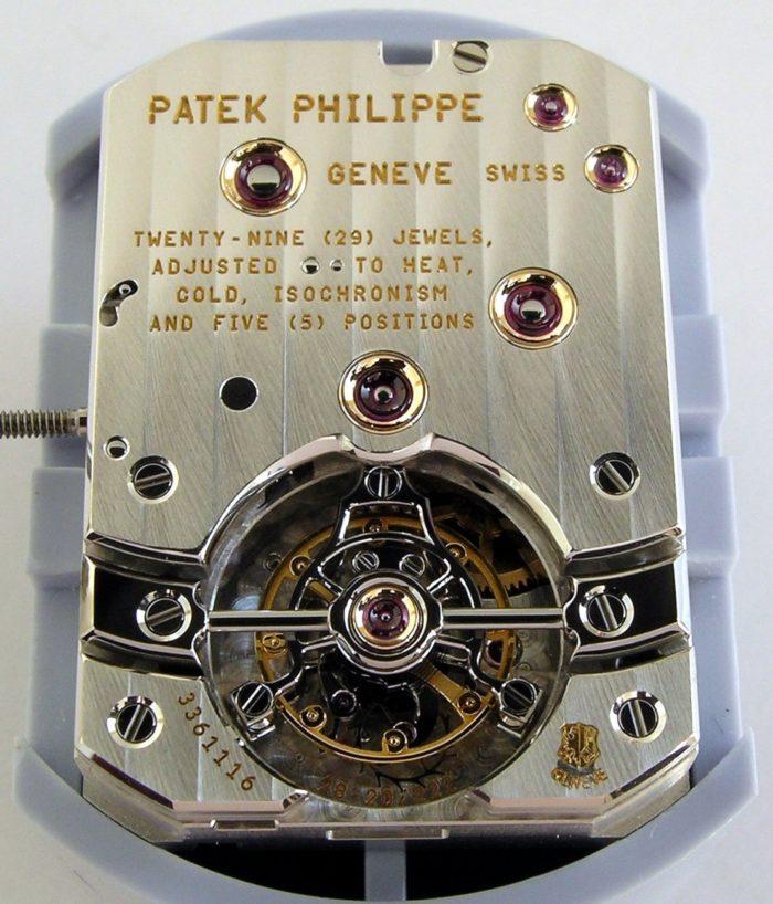 Bộ máy đồng hồ Patek Philippe mặt vuông