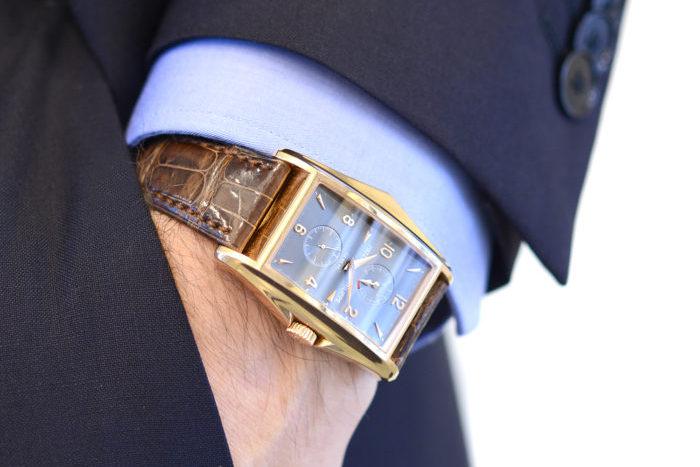 Đồng hồ Patek Philippe mặt vuông thiết kế tourbillon
