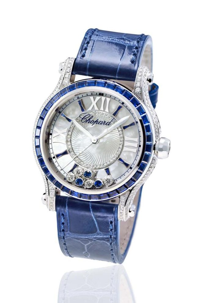 Đồng hồ nữ đá saphia chưa bao giờ lỗi mốt ở Việt Nam