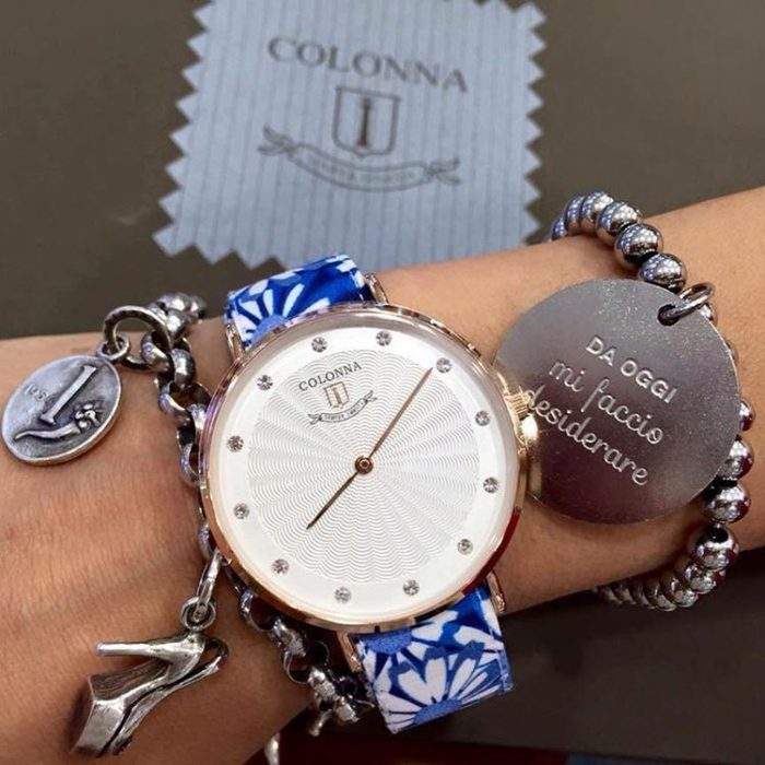 Chất liệu đồng hồ Colonna