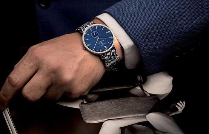 Đồng hồ Colonna nam dành cho tay nhỏ