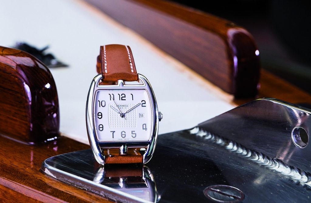 đồng hồ dây da nữ mặt vuông Hermes