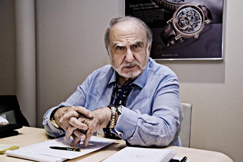 Ngài Nicolas Hayek - vị cứu tinh của nền công nghiệp đồng hồ cơ khí Thụy Sỹ