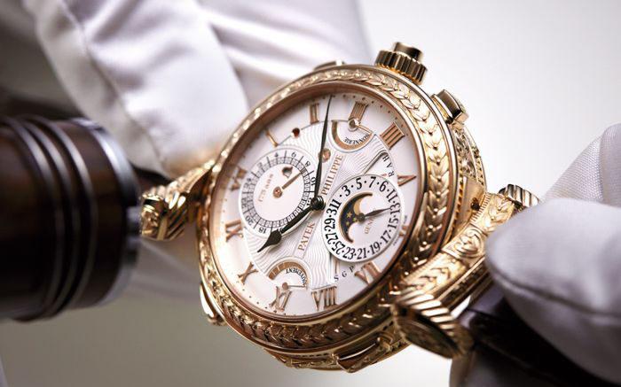 giá đồng hồPatek Philippe khá đắt