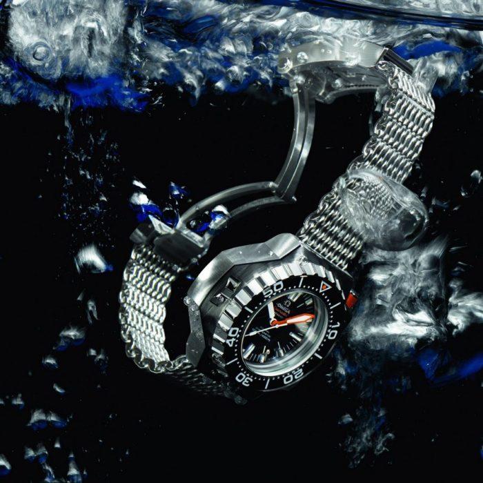đồng hồ Omega Seamaster dưới nước