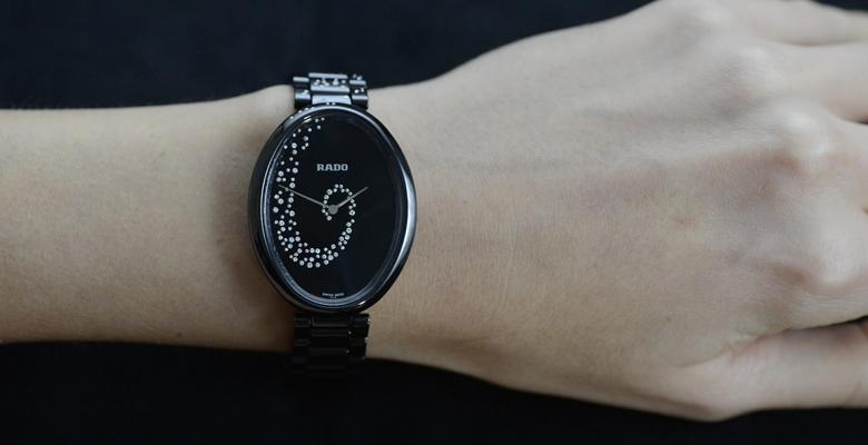 Đồng hồ Rado nữ dây đá đẹp