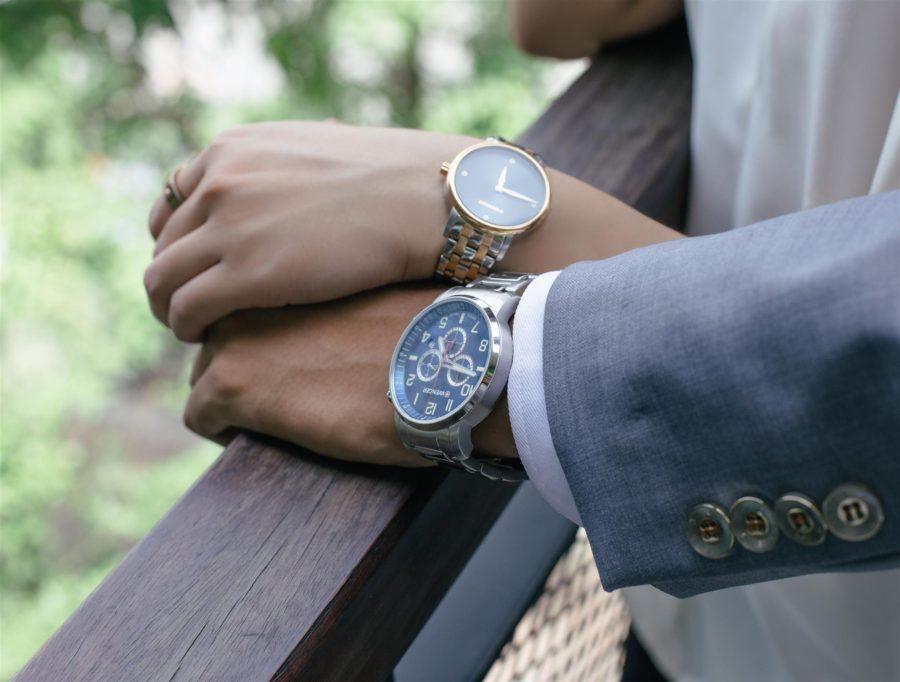 2 mẫu đồng hồ quartz wenger