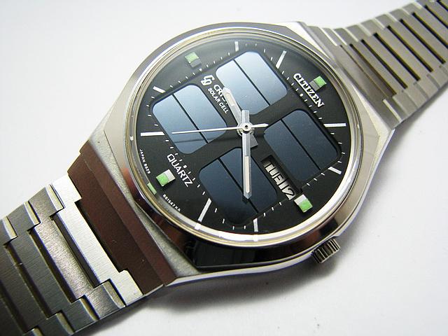 đồng hồ pin Cryston Solar Cell-
