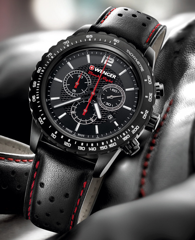 dáng vẻ quyền uy của đồng hồ Wenger đen