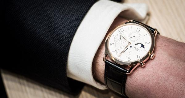 đồng hồ cơ đẹp nhất thế giới
