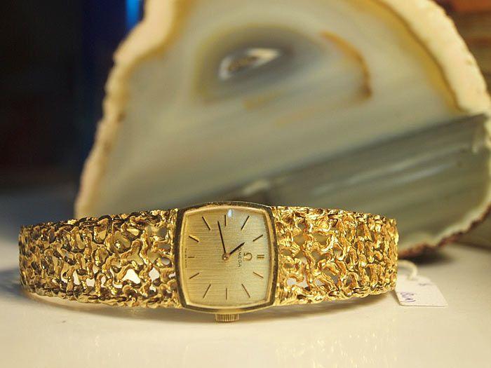 đồng hồ omega vàng nguyên khối đẹp