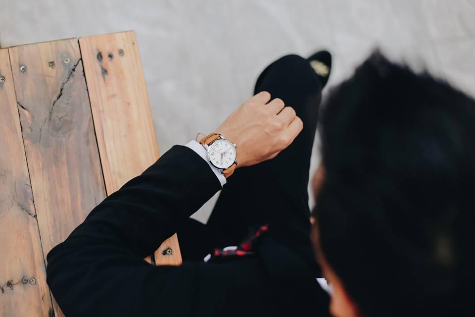 đồng hồ nam tay nhỏ đẹp