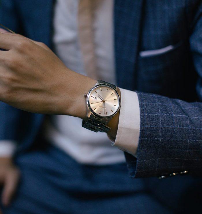 đồng hồ nam phong cách Wenger