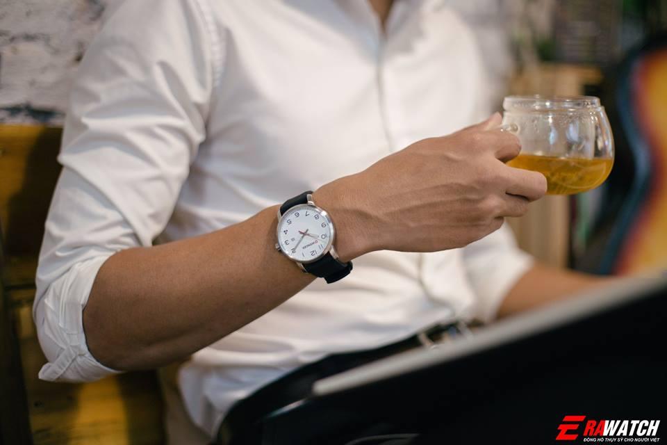 gợi ý khi mua đồng hồ nam tay nhỏ
