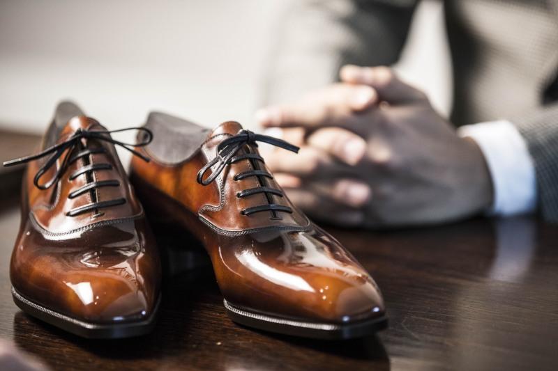 giày oxford - đồng hồ Thụy Sĩ dây da