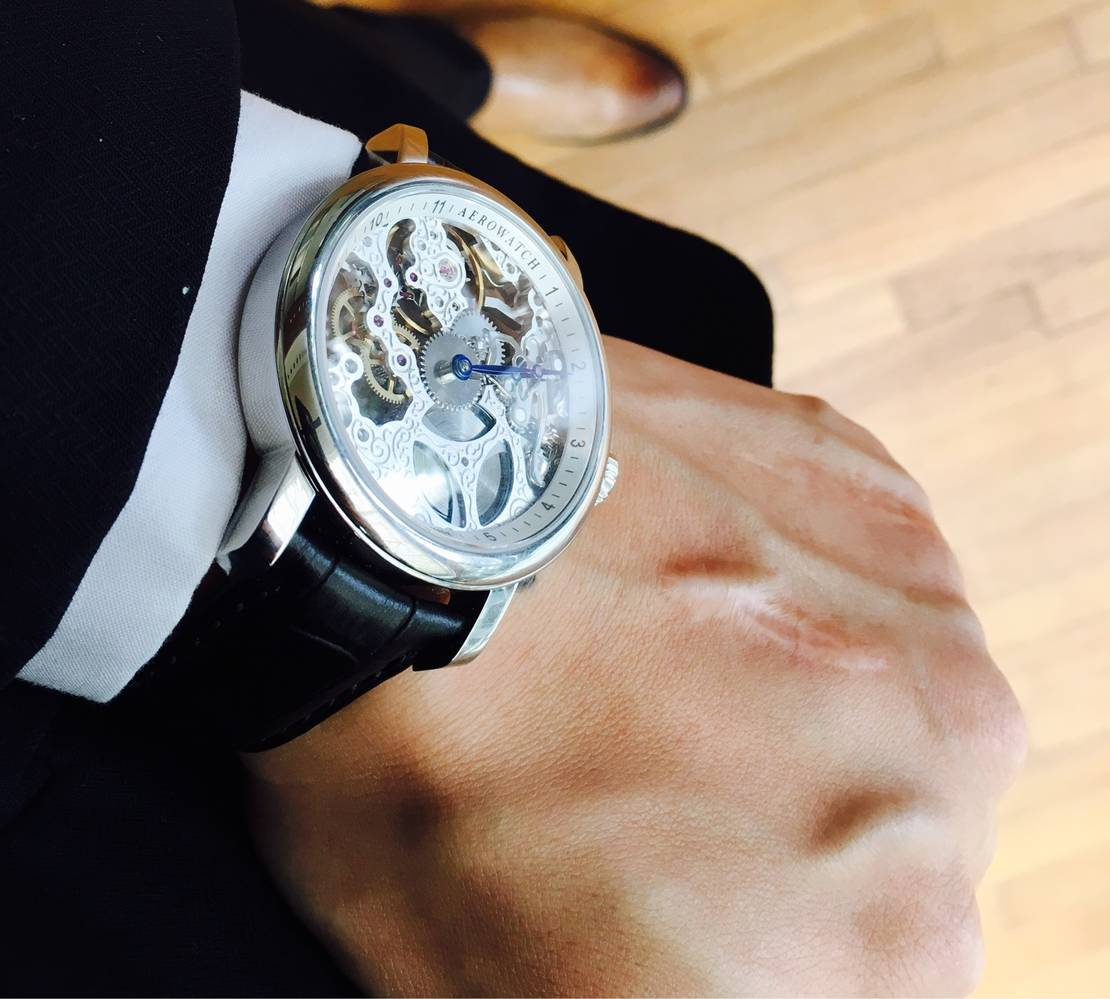 đồng hồ nam đẹp nhất Aerowatch