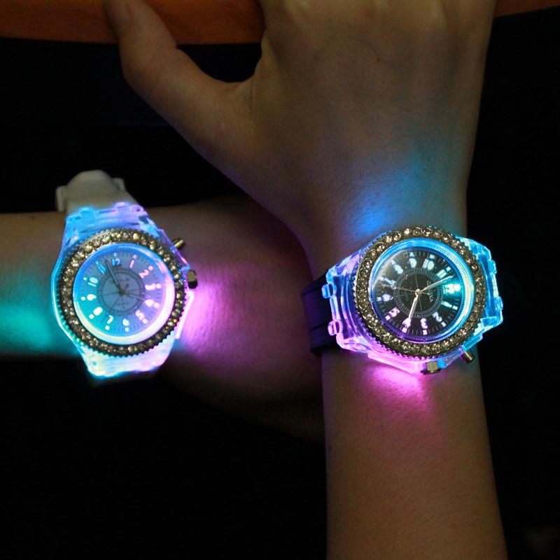 đồng hồ dạ quang hàn quốc thời trang đôi đẹp nhât