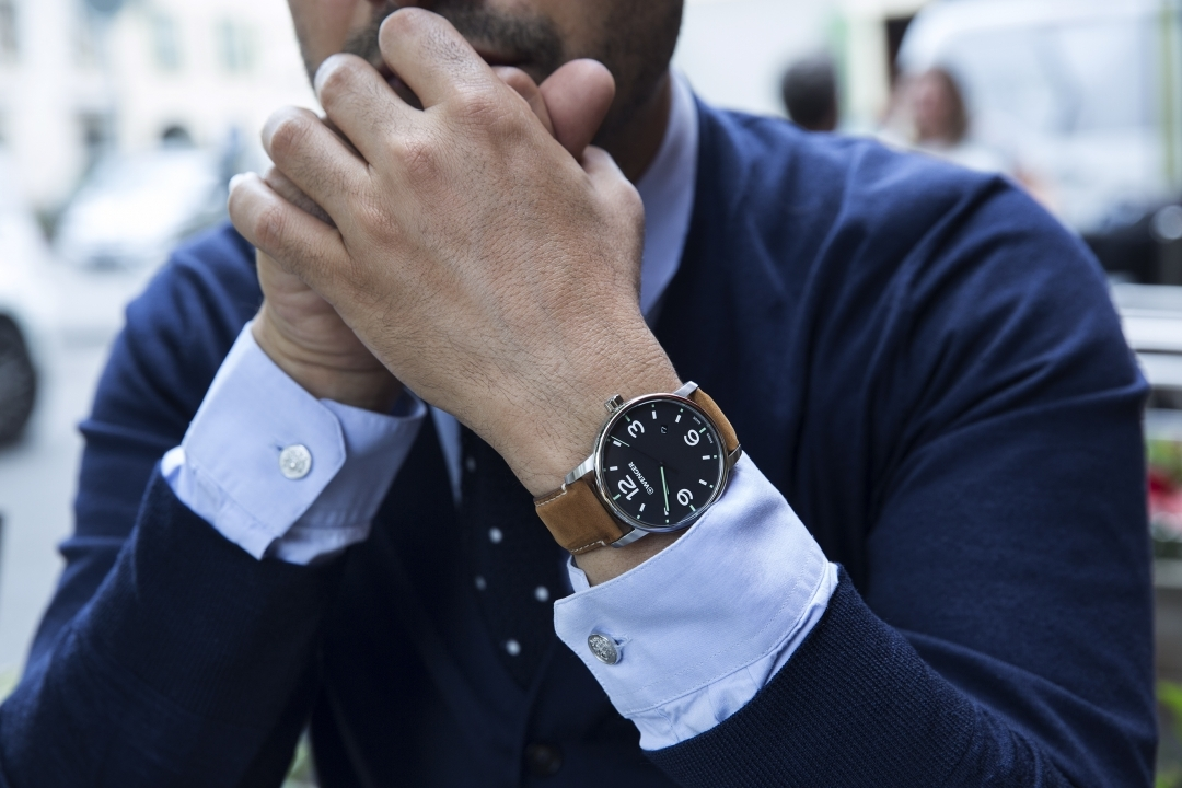 đồng hồ da bò Wenger