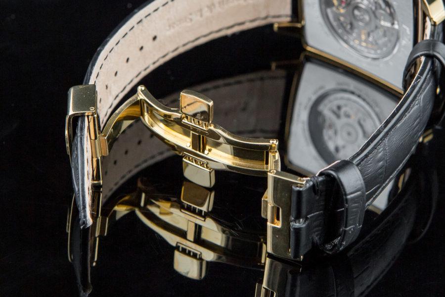 đồng hồ dây da khóa bấm đẹp