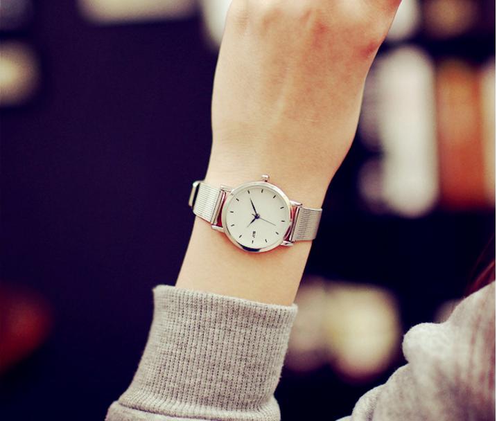đồng hồ lloyd hàn quốc cho phái đẹp