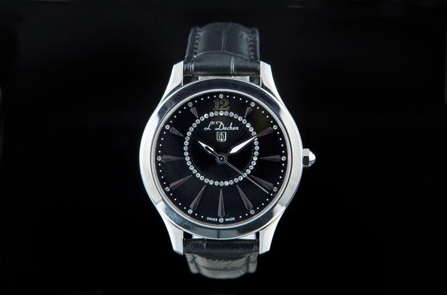 đồng hồ nam ở Huế