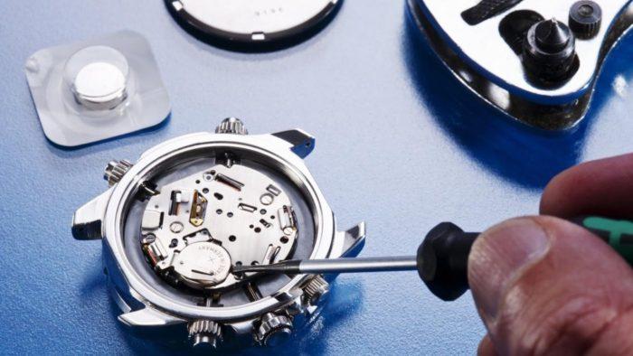 thay pin đồng hồ