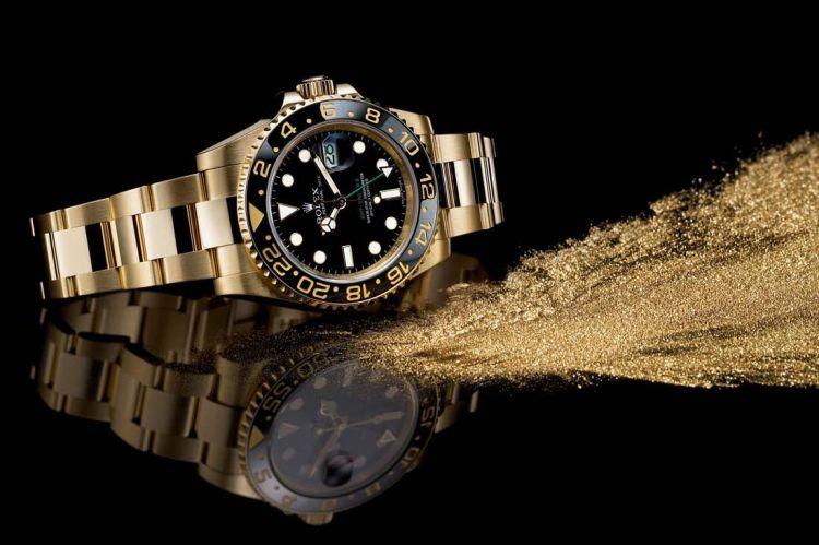 bảo quản đồng hồ đeo tay mạ vàng uy tín