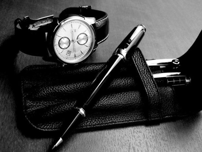 Đồng hồ và bút Montblanc