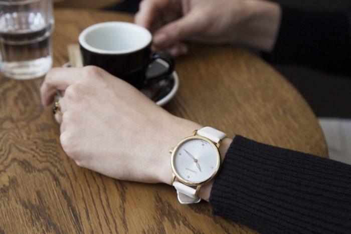 Đồng hồ dây da nữ Wenger