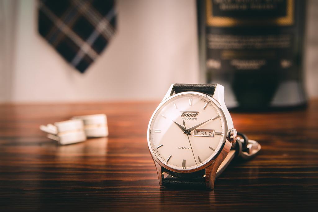 đồng hồ Tissot Heritage Visodate
