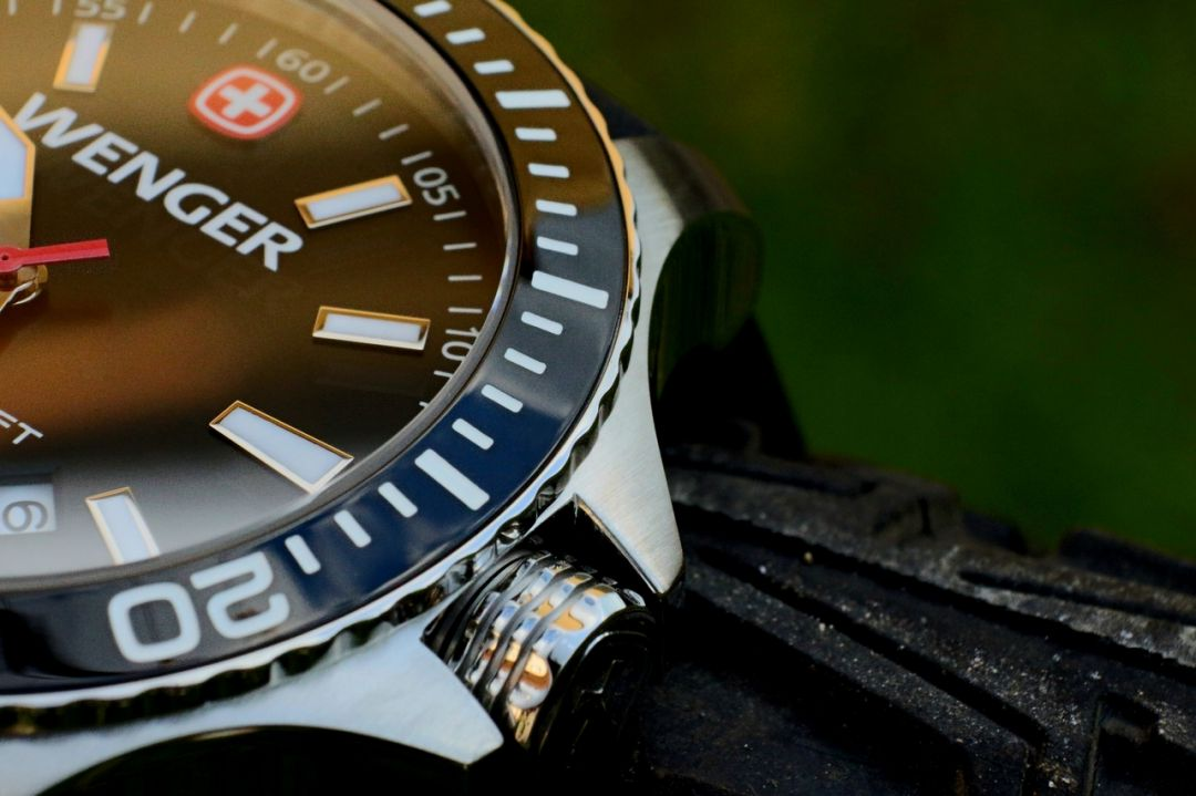 đồng hồ nam Wenger đẹp chống nước tốt