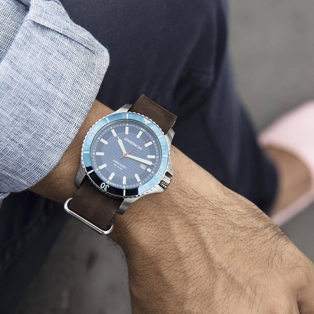 một trong những mẫu đồng hồ nam đẹp nhất Wenger