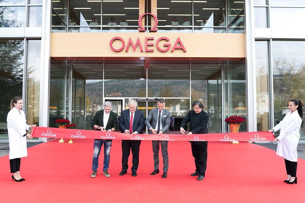 Lễ cắt băng khánh thành nhà máy sản xuất đồng hồ OMEGA