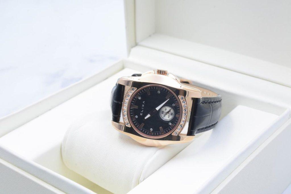 Đồng hồ Elixa E051-L157