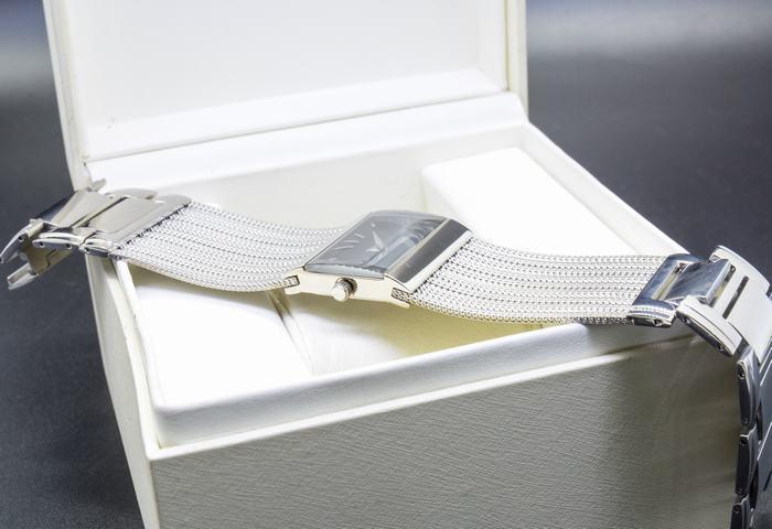 Đồng hồ Elixa E074-L265