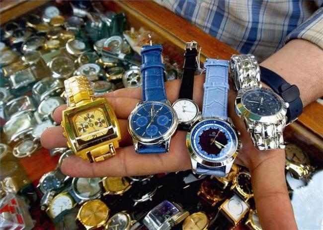 đồng hồ giả