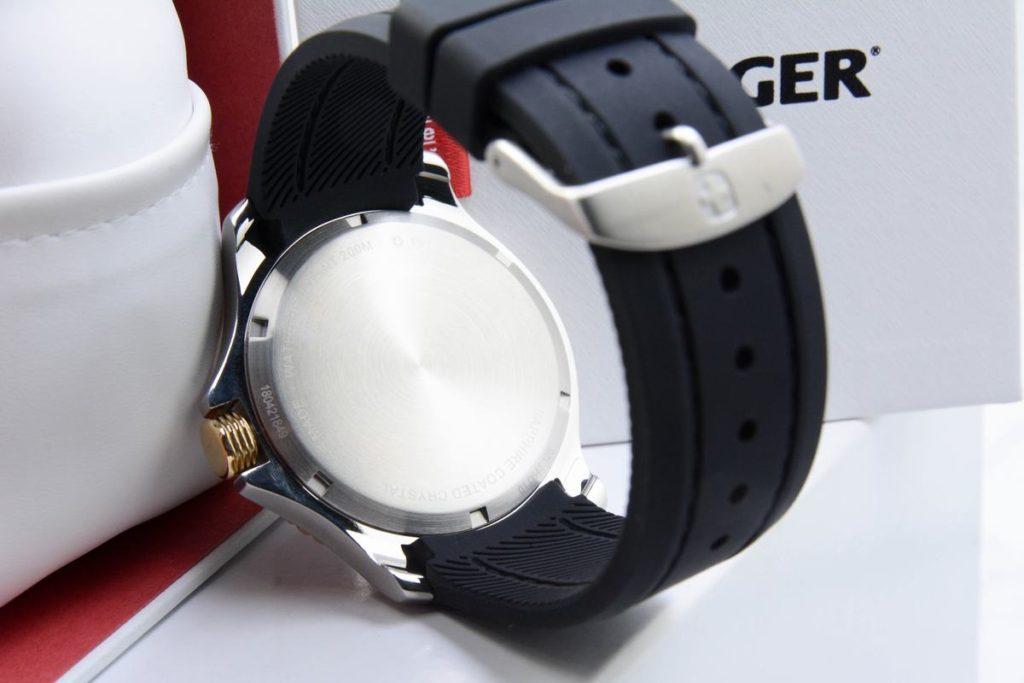 Đồng hồ Wenger 01.0641.126