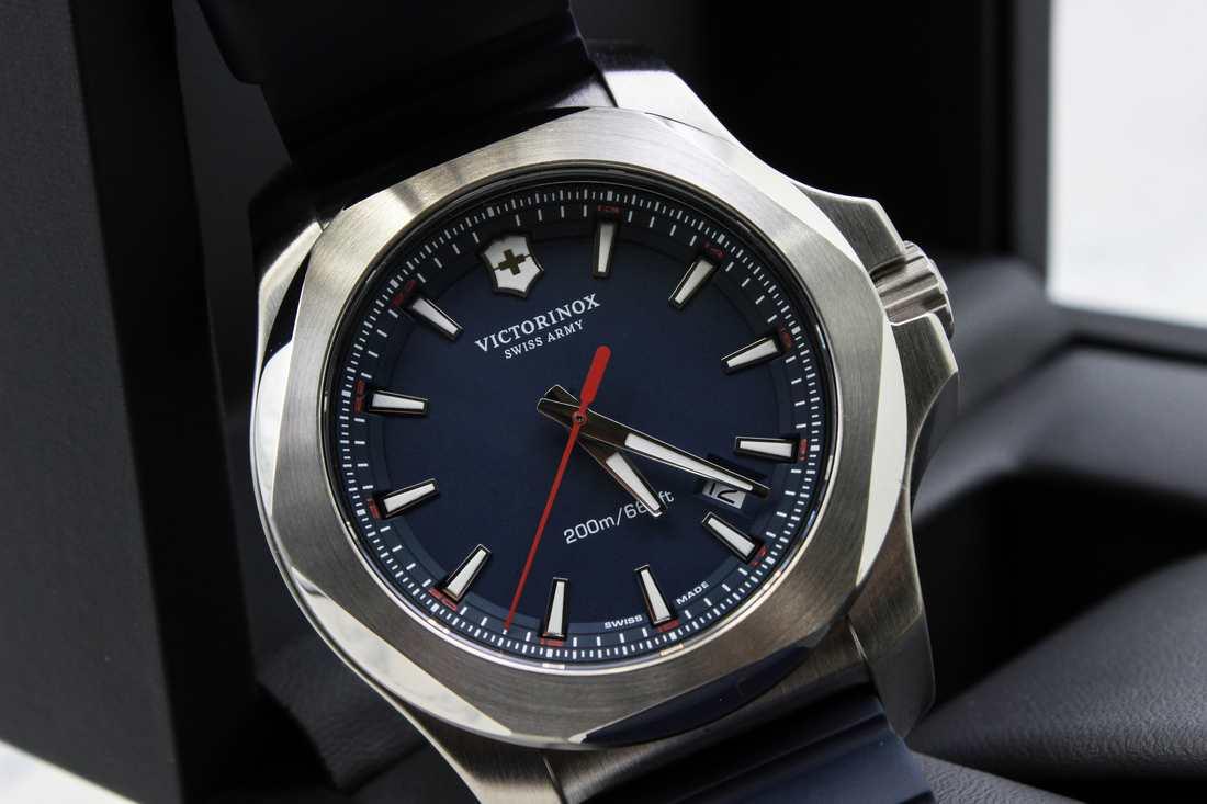 Đồng hồ Victorinox 241688.1