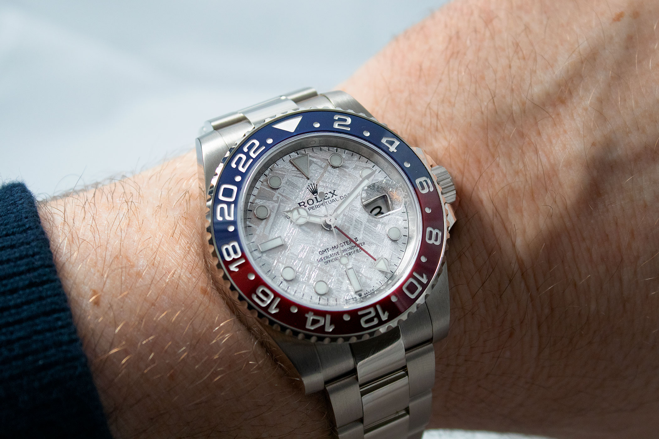 wp-content/uploads/2021/03/rolex-gmt-master-ii-126719blro-white-gold-pepsi-meteorite-review-2-300x200.jpg